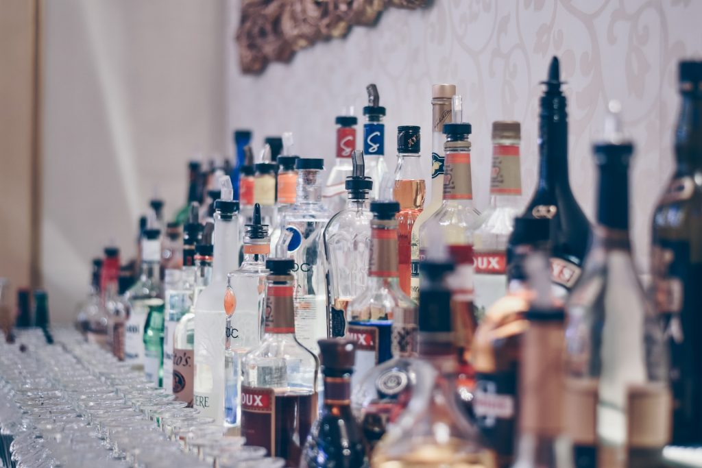 Essential Bar Equipment That You Should Have